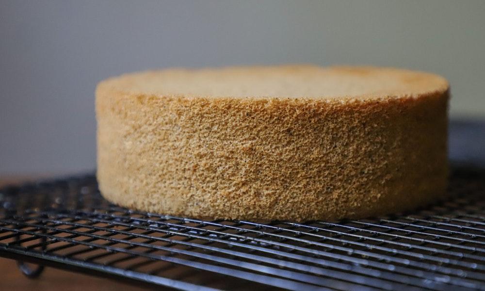 Membuat Kue Bolu Dengan Susu Kental Manis
