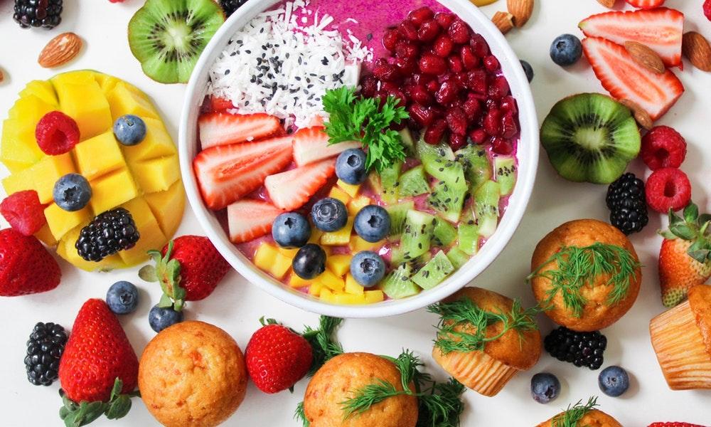 Resep Sederhana dan Tips Membuat Salad Buah di Rumah