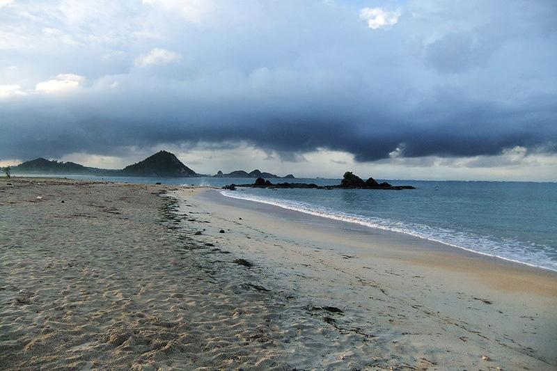5 Tempat Wisata Malam Romantis di Lombok